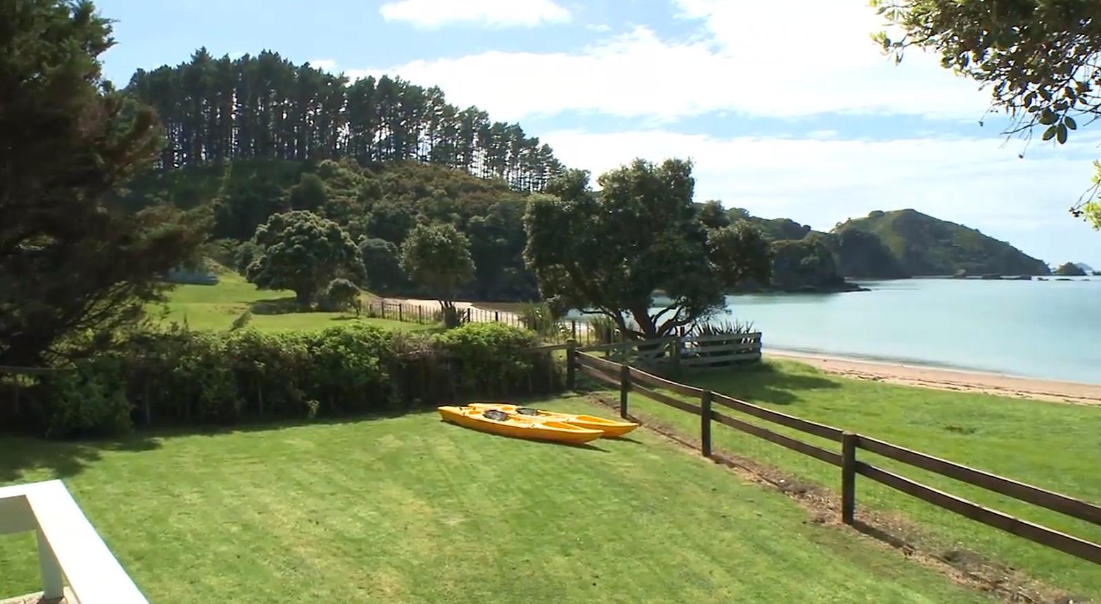 deck front lawn